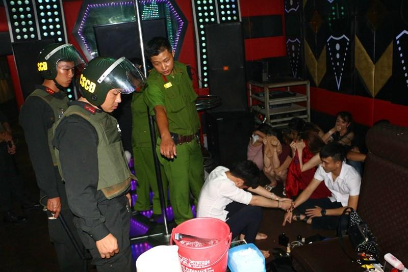 24 học sinh, sinh viên ở Cần Thơ sử dụng ma túy, shisha - Ảnh 3.