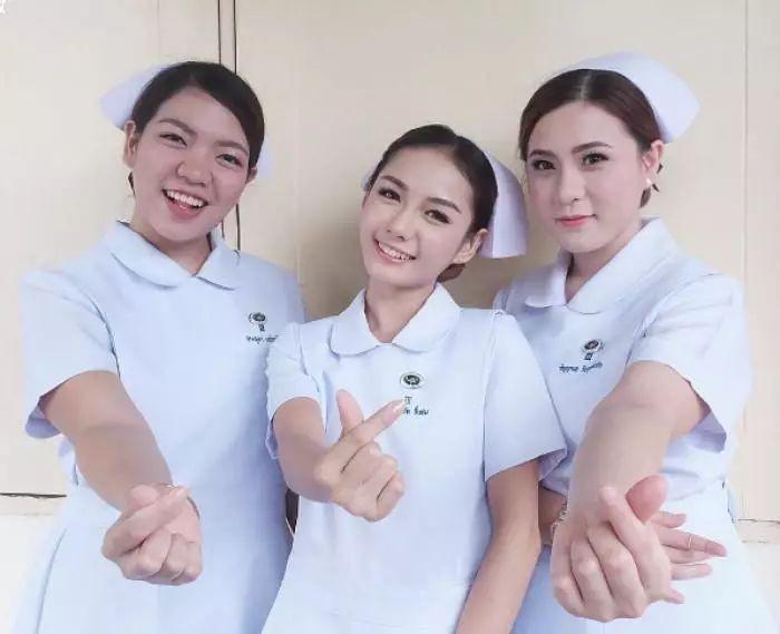 Nữ y tá xinh đẹp nhất Thái Lan bị bệnh viện sa thải vì lý do không ngờ - Ảnh 3.