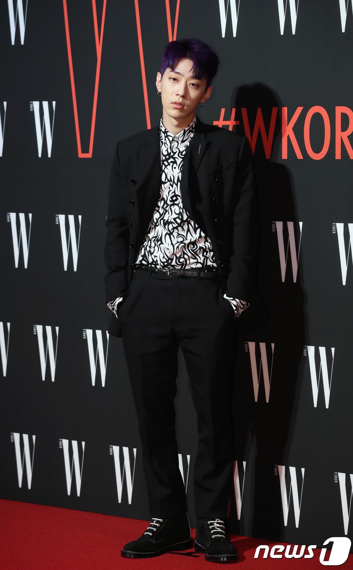 Siêu sự kiện hội tụ 40 sao hạng A: Lee Dong Wook quá xuất sắc, Kim Hee Sun, SNSD dẫn đầu đoàn mỹ nhân mặc thảm họa - Ảnh 36.