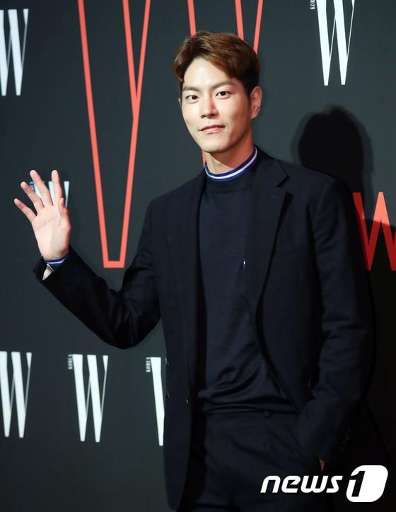 Siêu sự kiện hội tụ 40 sao hạng A: Lee Dong Wook quá xuất sắc, Kim Hee Sun, SNSD dẫn đầu đoàn mỹ nhân mặc thảm họa - Ảnh 26.