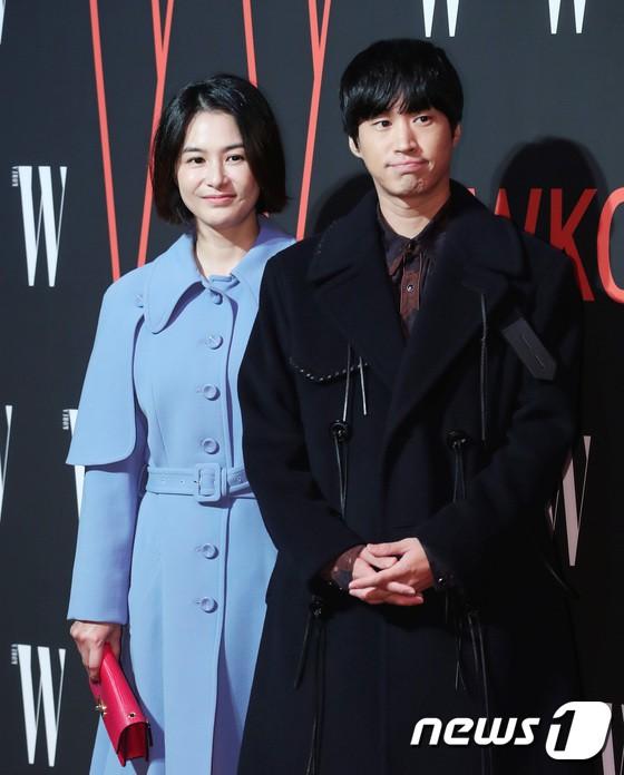Siêu sự kiện hội tụ 40 sao hạng A: Lee Dong Wook quá xuất sắc, Kim Hee Sun, SNSD dẫn đầu đoàn mỹ nhân mặc thảm họa - Ảnh 33.