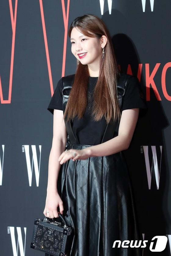 Siêu sự kiện hội tụ 40 sao hạng A: Lee Dong Wook quá xuất sắc, Kim Hee Sun, SNSD dẫn đầu đoàn mỹ nhân mặc thảm họa - Ảnh 40.