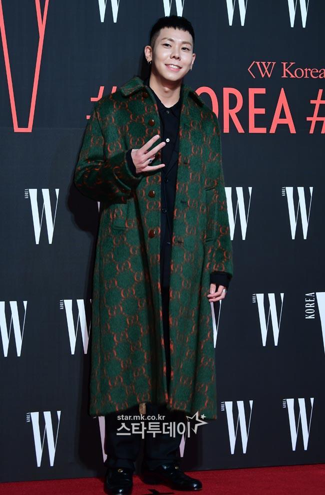 Siêu sự kiện hội tụ 40 sao hạng A: Lee Dong Wook quá xuất sắc, Kim Hee Sun, SNSD dẫn đầu đoàn mỹ nhân mặc thảm họa - Ảnh 38.