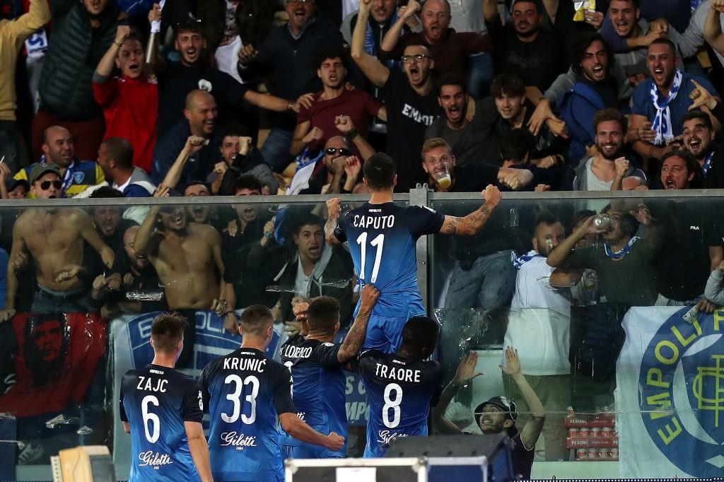 Đẳng cấp siêu sao lên tiếng: Tuyệt phẩm sút xa của Ronaldo giúp Juventus thắng ngược hú vía - Ảnh 9.