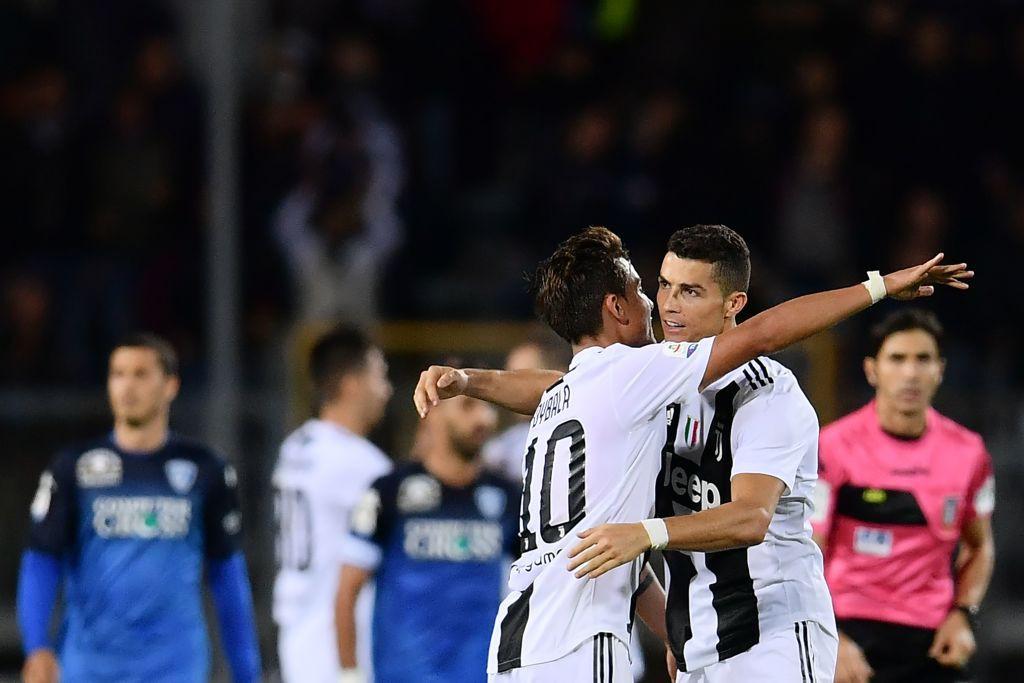 Đẳng cấp siêu sao lên tiếng: Tuyệt phẩm sút xa của Ronaldo giúp Juventus thắng ngược hú vía - Ảnh 10.