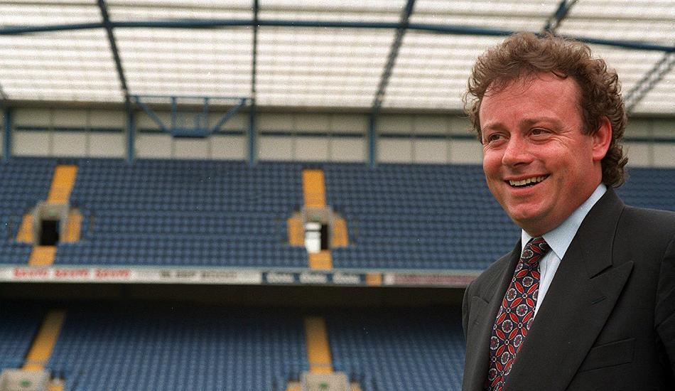 Trực thăng ông chủ Leicester gặp nạn gợi nhớ thảm kịch kinh hoàng của làng bóng đá 22 năm trước - Ảnh 3.