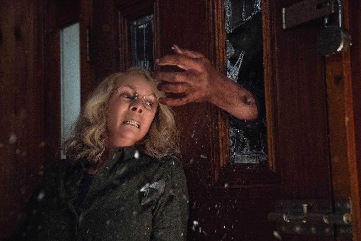 """""""Halloween"""" thống trị rạp chiếu phim trong tuần lễ ma quỷ 2018 - Ảnh 2."""