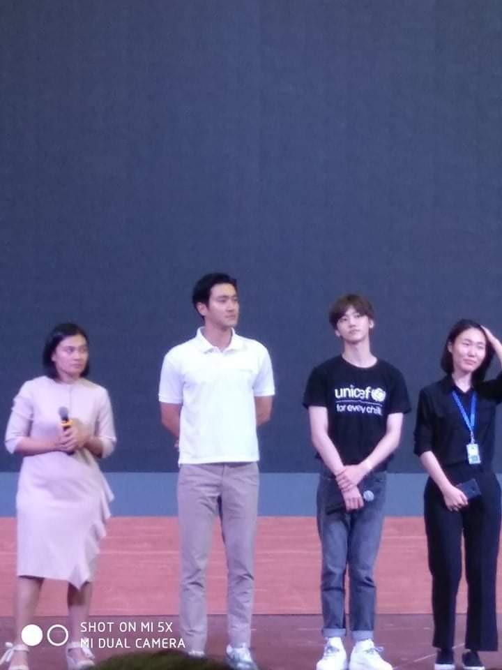 Sáng vừa thả thính sẽ đến Việt Nam, Siwon hiện đã có mặt tại trường đại học ở Hà Nội cùng thành viên NCT - Ảnh 5.