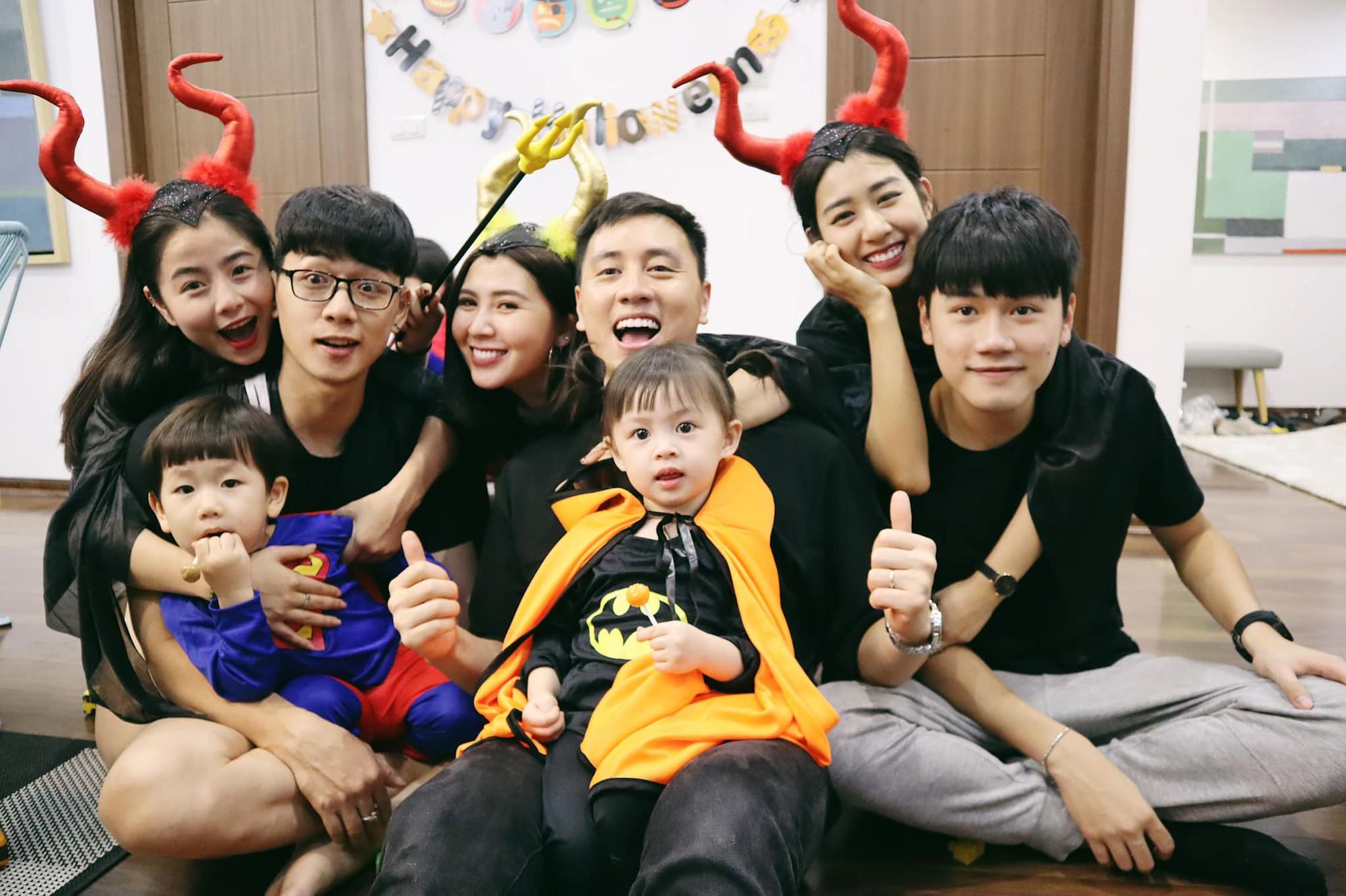 Halloween cập bến 3 gia đình hot nhất MXH: Xoài - Cam - Đậu biến hoá thành những siêu anh hùng dễ thương - Ảnh 3.