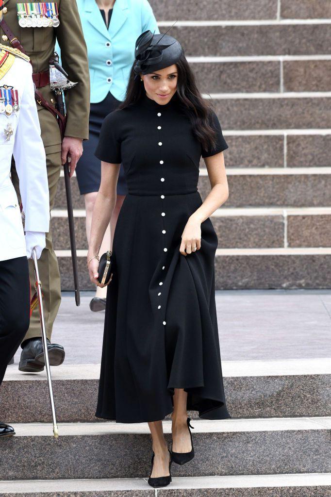 Vài ngày sau khi diện đầm 300 triệu VNĐ, Công nương Meghan xuất hiện với váy bầu bình dân có giá chỉ 1 triệu VNĐ - Ảnh 6.