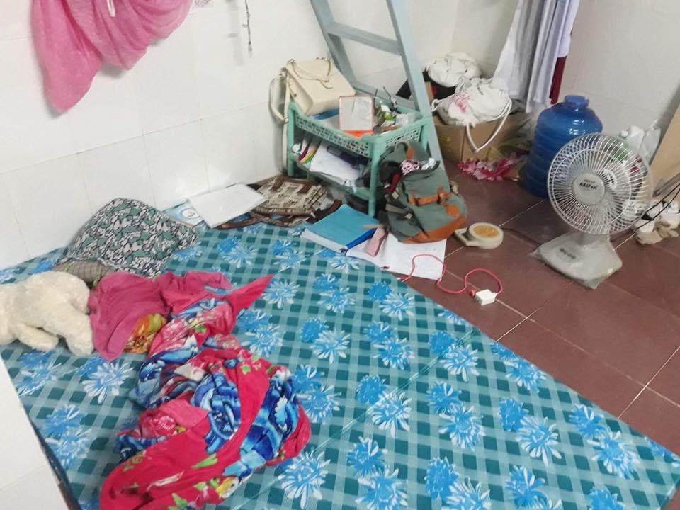 Sốc với bạn gái cùng phòng ở bẩn kinh hoàng, rác vứt bừa bãi từ phòng ở đến tận nhà vệ sinh, cô nàng đăng đàn xin cách trị - Ảnh 2.