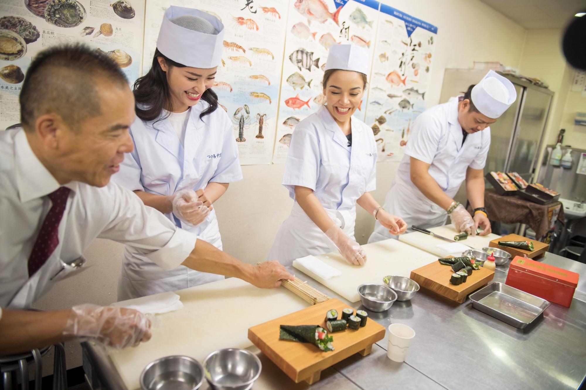 Đông Nhi hào hứng học làm sushi, cùng nghệ sĩ các nước ASEAN khám phá Nhật Bản - Ảnh 10.