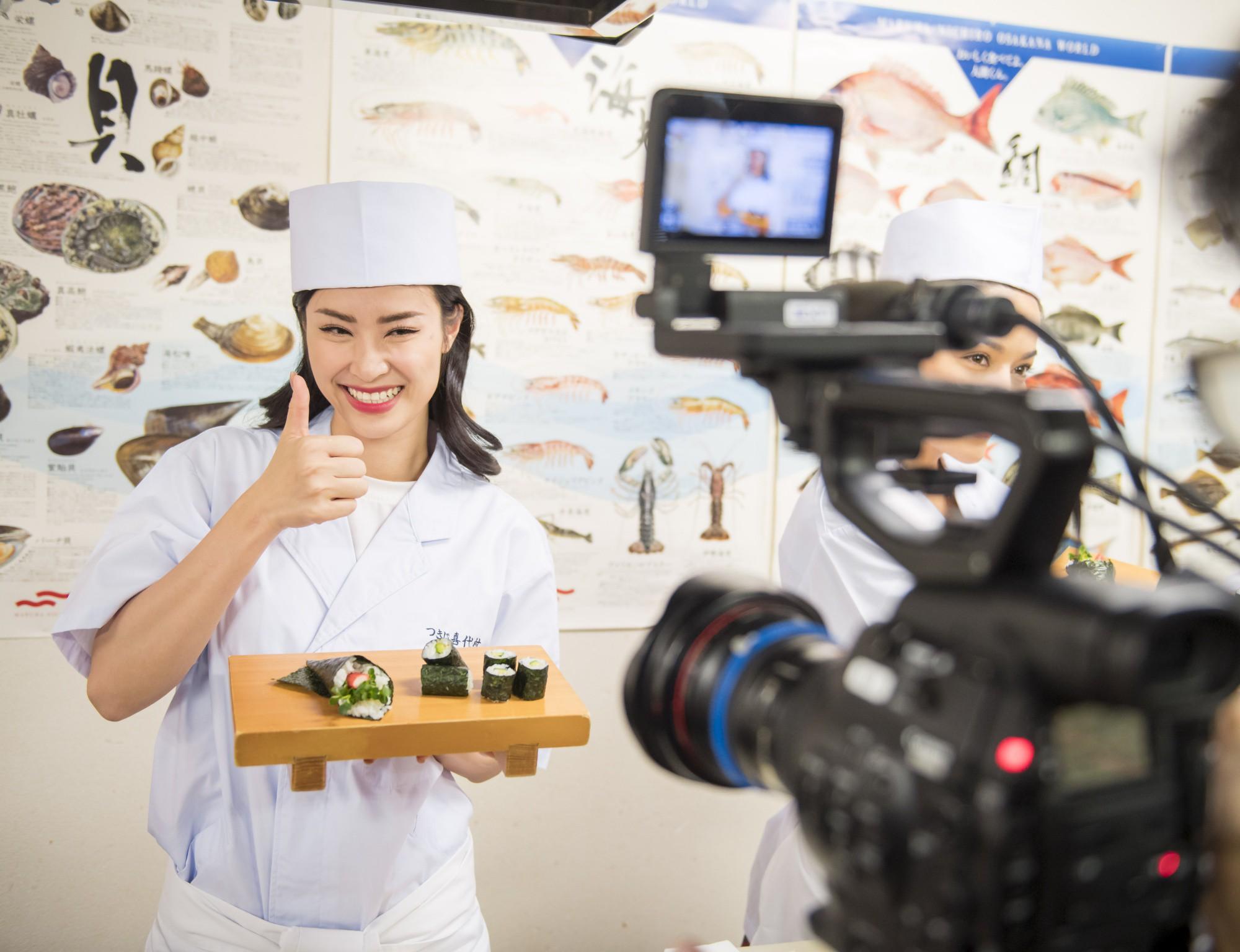 Đông Nhi hào hứng học làm sushi, cùng nghệ sĩ các nước ASEAN khám phá Nhật Bản - Ảnh 11.
