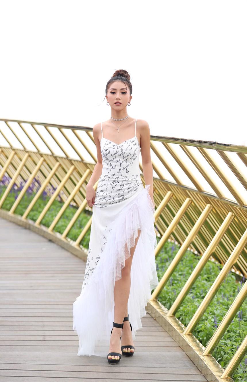 Sát đám cưới Lan Khuê lộ đụng hàng Kỳ Duyên, Quỳnh Anh Shyn