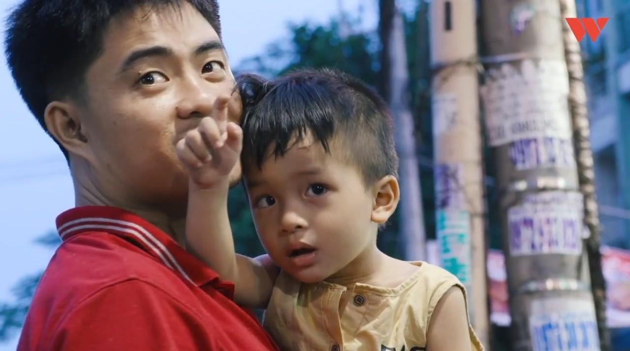 Hành trình cậu bé siêu nhân não mịn hòa nhập với cộng đồng nhờ quán chè bưởi Sài Gòn của bố mẹ Thạc sĩ - Ảnh 7.