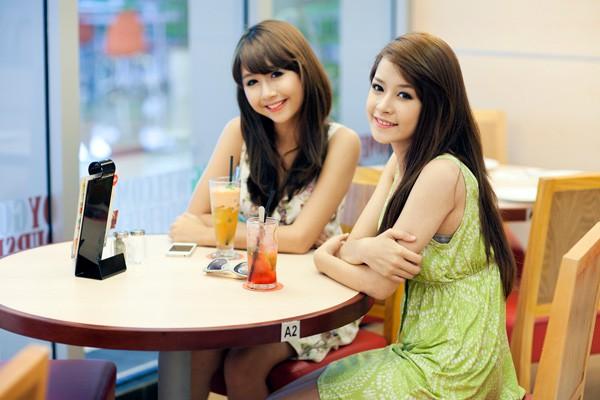 6 năm trước, Quỳnh Anh Shyn và Chi Pu từng giống nhau như chị em sinh đôi - Ảnh 3.