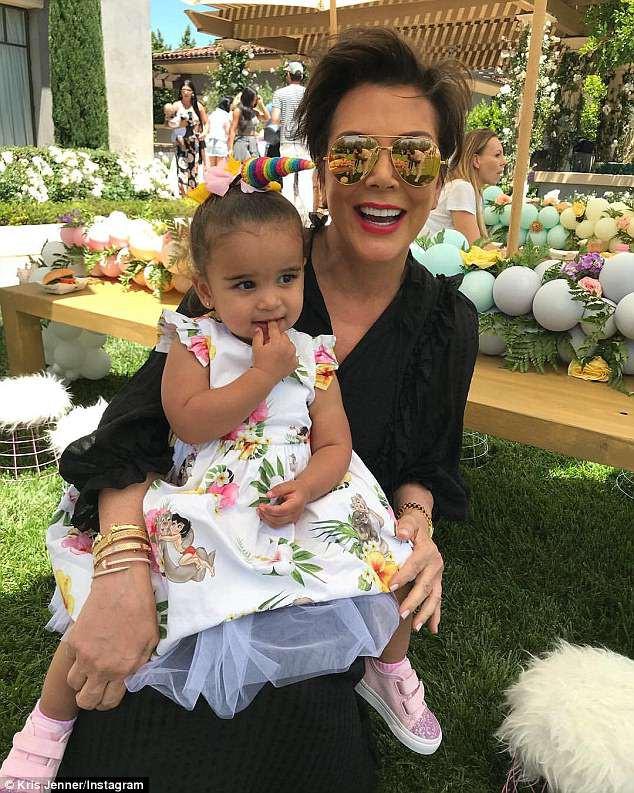 Dân tình trầm trồ vì tiệc sinh nhật 5 tuổi hoành tráng chuẩn rich kid của con gái Kim Kardashian - Ảnh 7.