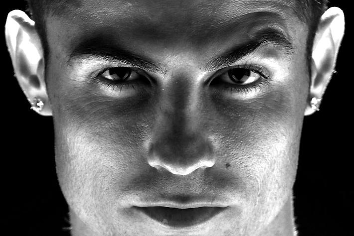 Ronaldo vào tầm ngắm lao lý: Thỏa thuận hòa giải bẩn thỉu được tạo ra như thế nào? - Ảnh 14.
