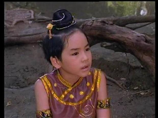 Sao nhí đình đám Thái Lan ngày ấy bây giờ: Đồng loạt lột xác thành nam thần nữ thần, nhưng số phận quá khác nhau - Ảnh 30.