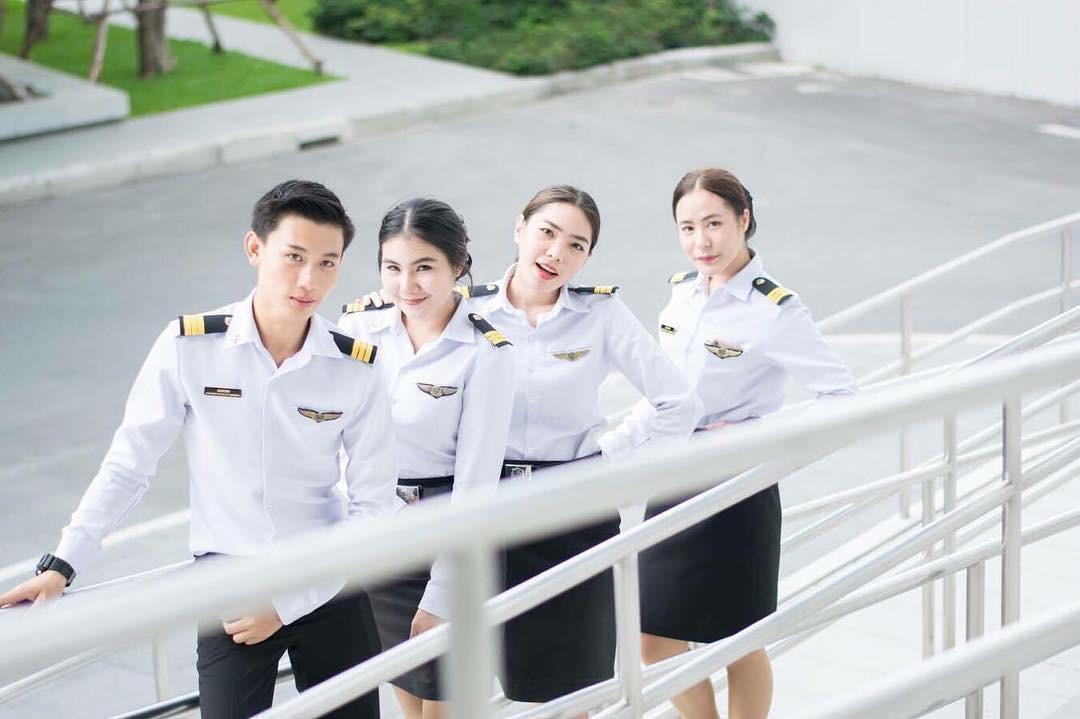 Bạn trai Hương Giang học ở trường đại học toàn trai xinh gái đẹp - Ảnh 5.