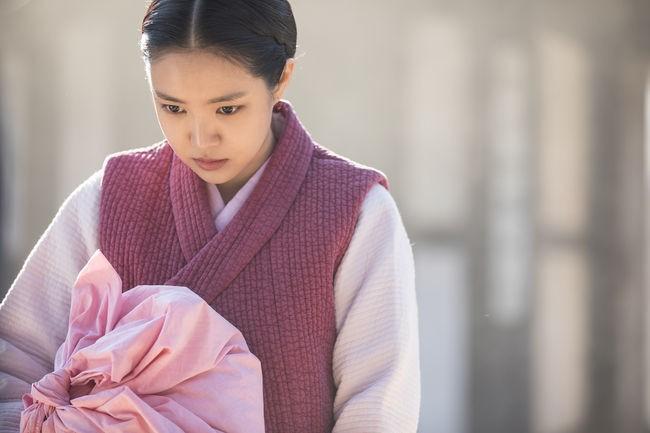 Hay tin Son Na Eun (Apink) đi đóng phim kinh dị, netizen Hàn ngán ngẩm hỏi: Không còn ai khác nữa sao? - Ảnh 2.
