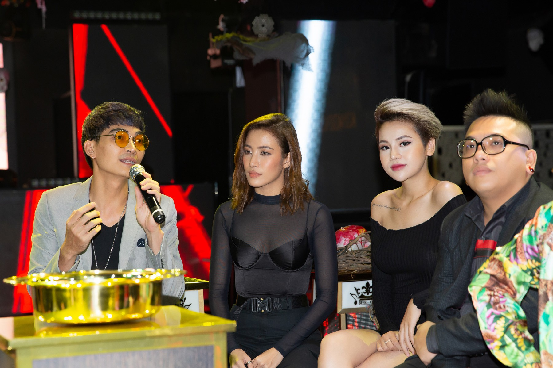 Chị Mười Ba Thu Trang tuyên bố sẽ cai nghiện thuốc lá thành công trong bản điện ảnh - Ảnh 4.