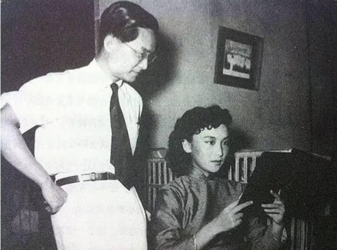 """Kim Dung và """"người tình trong mộng""""- Hạ Mộng qua đời cùng một ngày, chỉ cách nhau có 2 năm - Ảnh 2."""