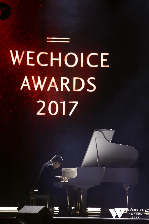 Những màn song ca xúc động, lấy nước mắt khán giả của ca sĩ Vpop và các khách mời đặc biệt