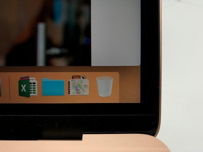 Những hình ảnh đầu tiên về MacBook Air mới: Chiếc laptop mà fan Apple luôn ao ước đây rồi! - Ảnh 2.