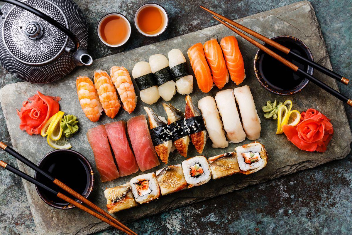 6 bí quyết trẻ lâu trong thói quen ăn uống của người Nhật - Ảnh 1.
