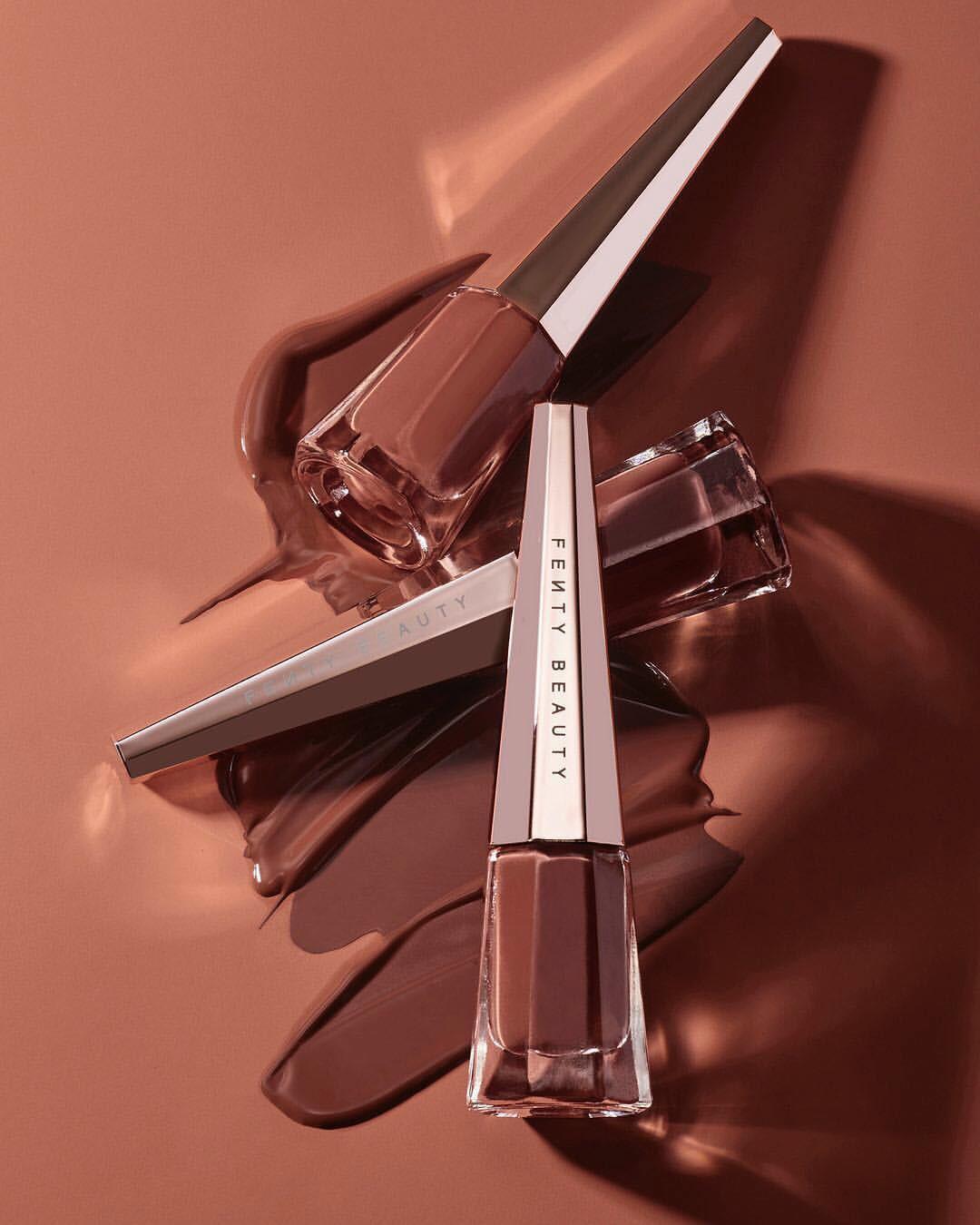 Đánh thử 2 màu son nude hot hit hứa hẹn ai diện cũng đẹp của Fenty Beauty, các beauty editor đã có phản ứng trái chiều đầy bất ngờ - Ảnh 1.