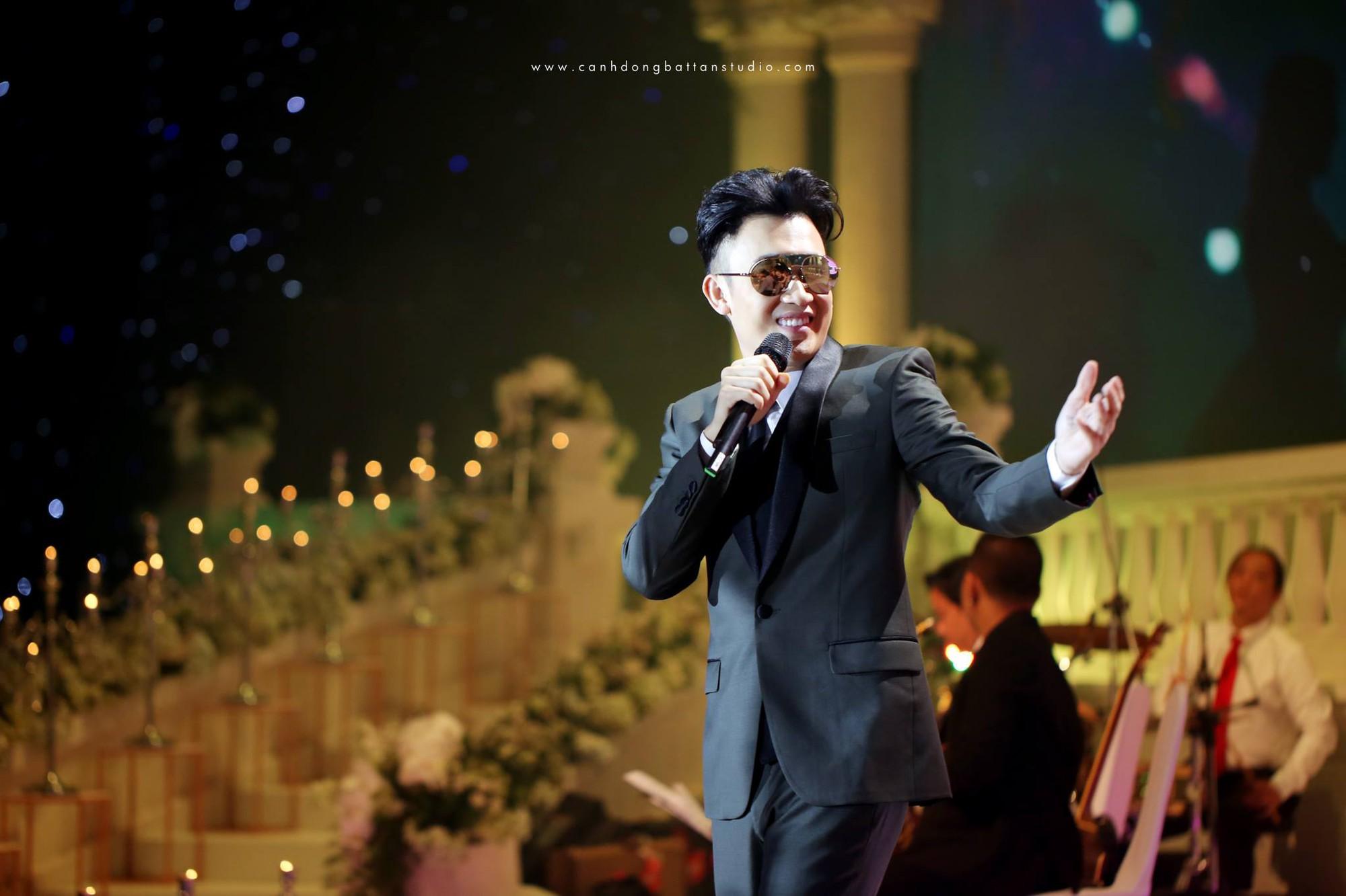 Đám cưới siêu khủng ở Đà Nẵng: Thuê nhà thi đấu có sức chứa hơn 7.000 khách, mời dàn ca sĩ nổi tiếng Đàm Vĩnh Hưng, Dương Triệu Vũ - Ảnh 10.