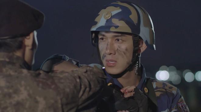 Hậu Duệ Mặt Trời Việt Nam sau 6 tập điểm yếu nhất là diễn xuất - Ảnh 2.