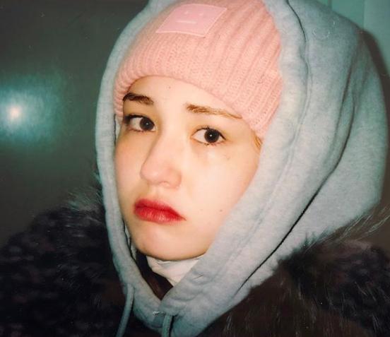 Hình ảnh quảng cáo mới nhất sau khi về công ty con của YG, Jeon Somi từ 18 tuổi biến thành 28 tuổi! - Ảnh 4.