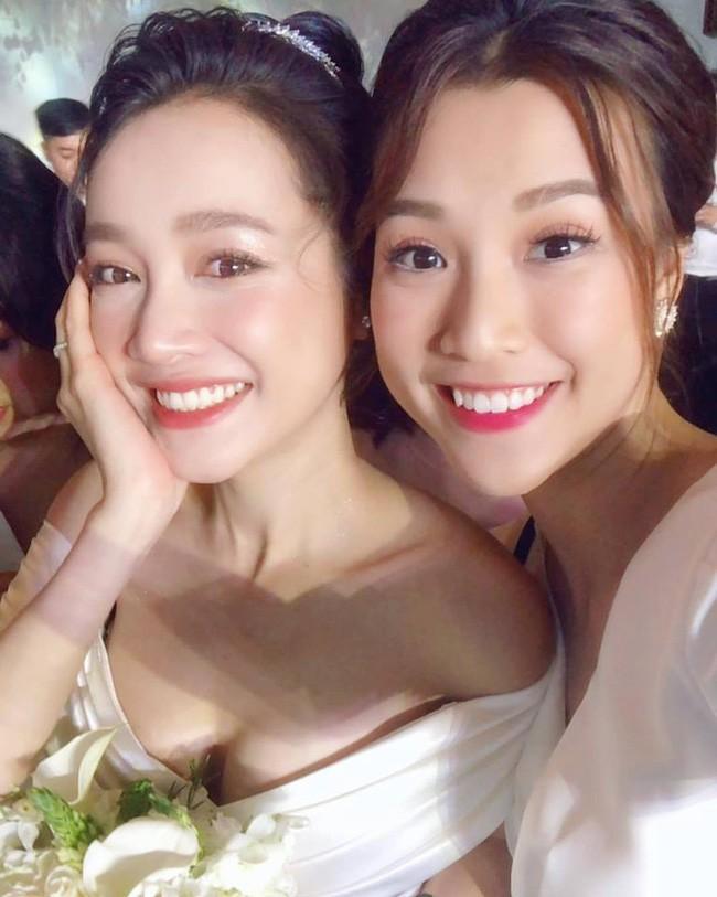 4 cô dâu đẹp nhất Vbiz năm 2018: Mỗi người một vẻ nhưng vẫn có điểm chung nhan sắc, tinh ý một chút là nhận ra ngay - Ảnh 7.