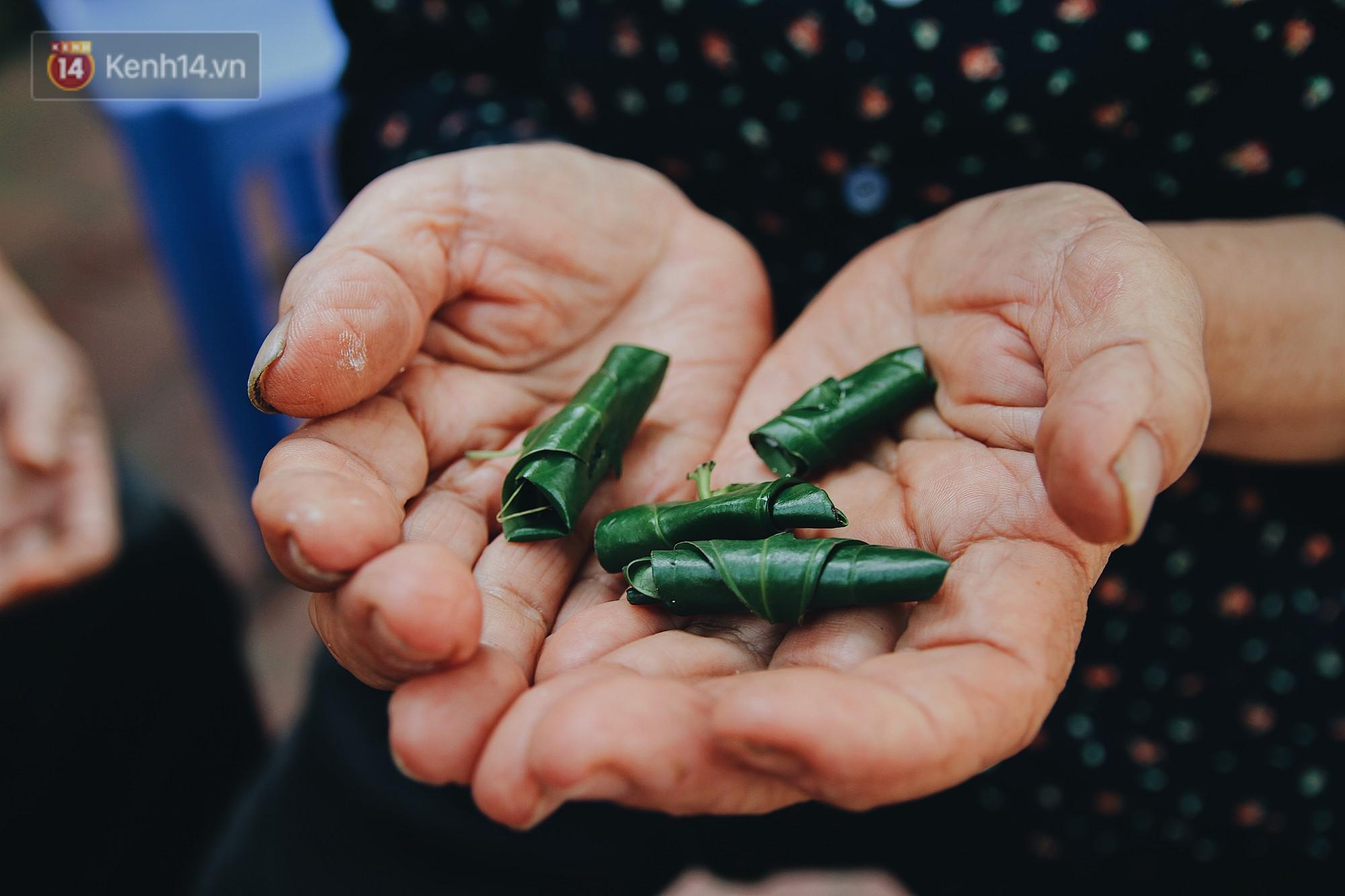 Về thăm ngôi làng ở Hà Nội có 1.000 quả cau mới cưới được vợ, người lớn trẻ nhỏ lúc nào môi cũng đỏ hồng - Ảnh 5.