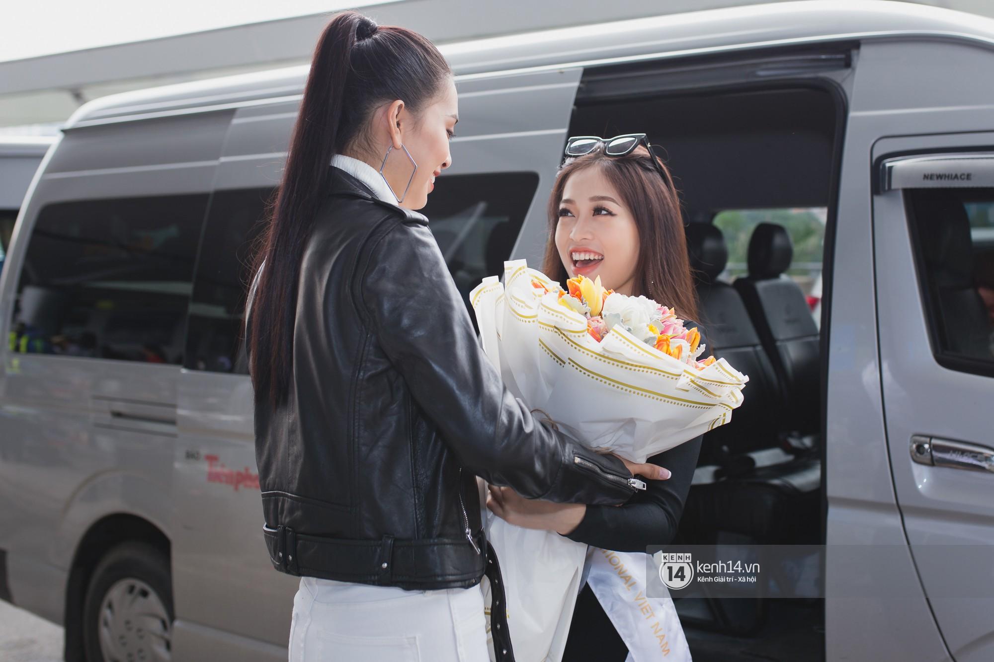 Vừa trở về từ Pháp tức thì, Trần Tiểu Vy ở lại sân bay tiễn Bùi Phương Nga đi Myanmar tham dự Hoa hậu Hoà bình Quốc tế - Ảnh 7.