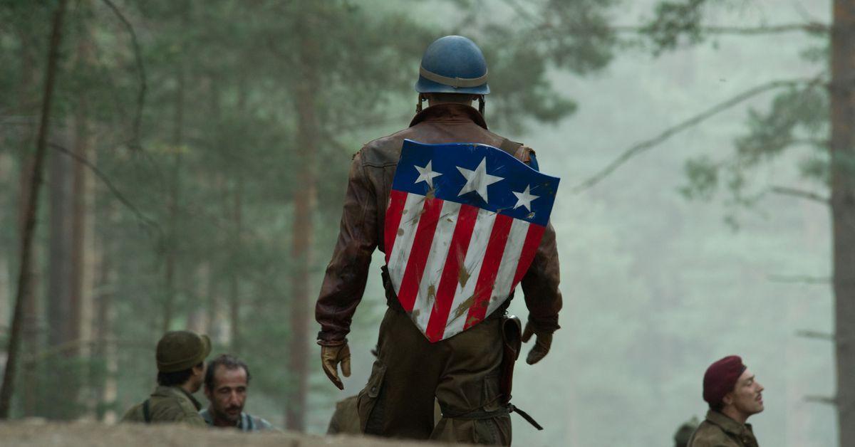 Nam thần Chris Evans chính thức giã từ với vai Captain America sau 8 năm cầm khiên - Ảnh 4.