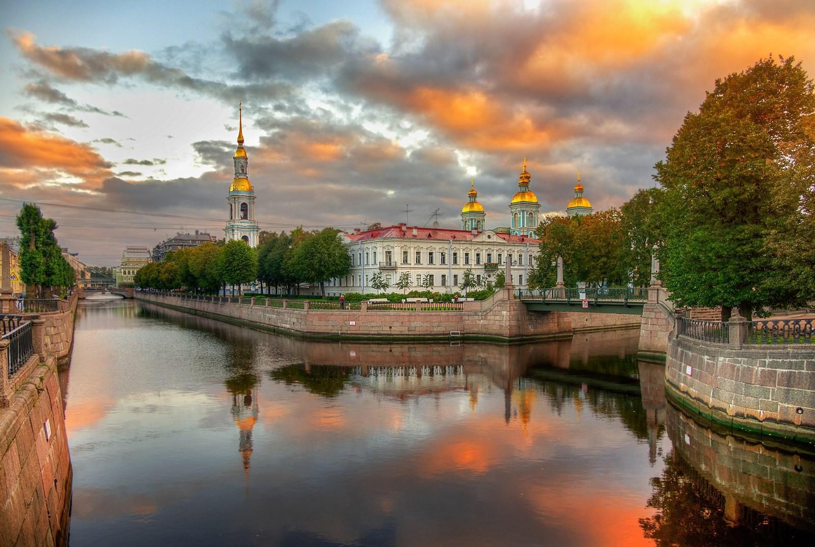Nước Nga đã vào thu với sắc vàng đẹp say đắm lòng người, xách vali lên và đi du học thôi! - Ảnh 3.
