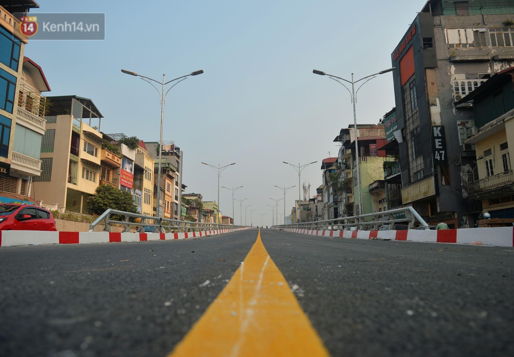 Clip, ảnh: Cận cảnh cầu vượt hơn 300 tỷ ở nút giao An Dương - Nghi Tàm trước ngày thông xe - Ảnh 6.