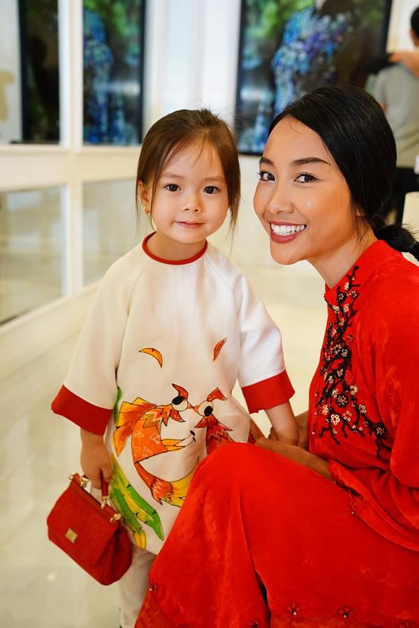 Cuộc sống của những cô chiêu, cậu ấm nhà sao Việt: Ở biệt thự triệu đô, học phí mỗi năm lên đến hàng trăm triệu - Ảnh 20.