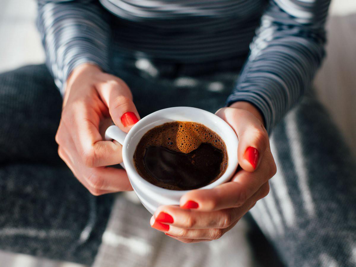 Thời điểm hoàn hảo để uống cafe - vừa tỉnh táo mà đêm vẫn không bị mất ngủ - Ảnh 2.