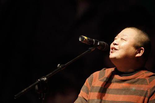 Ca sĩ nhạc rock nổi tiếng của Trung Quốc chết vì ung thư gan, cảnh báo kiểu người dễ mắc chứng bệnh này - Ảnh 2.