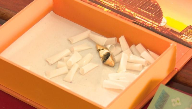 Phát hiện nhiều ma túy trong nhà quý bà ở Phan Thiết - Ảnh 3.
