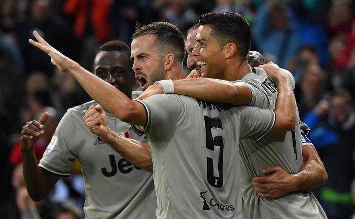 Quay cuồng trong nghi án, Ronaldo vẫn tỏa sáng giúp đội nhà lập kỷ lục ấn tượng nhất lịch sử - Ảnh 6.