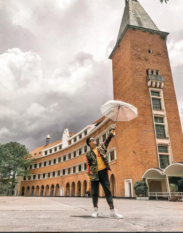 Đây chính là ngôi trường nằm trên đồi đẹp nhất Đà Lạt, được dân tình checkin nườm nượp - Ảnh 10.