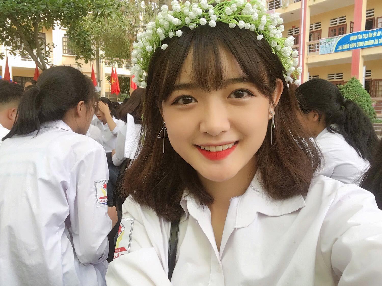 Cô bạn Lào Cai sinh năm 2001 sở hữu loạt biểu cảm không yêu không được trên TikTok - Ảnh 3.