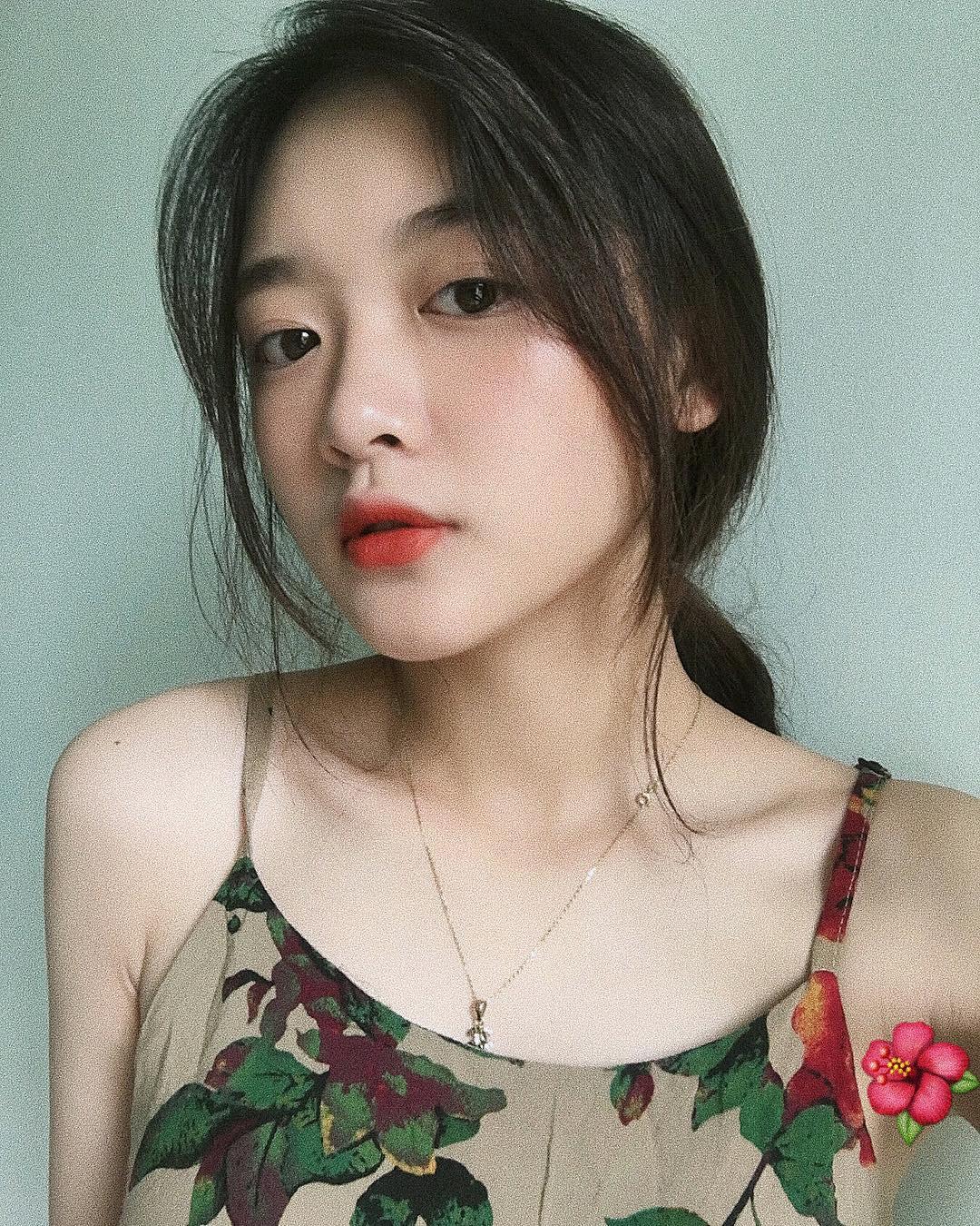 Cô bạn Lào Cai sinh năm 2001 sở hữu loạt biểu cảm không yêu không được trên TikTok - Ảnh 8.