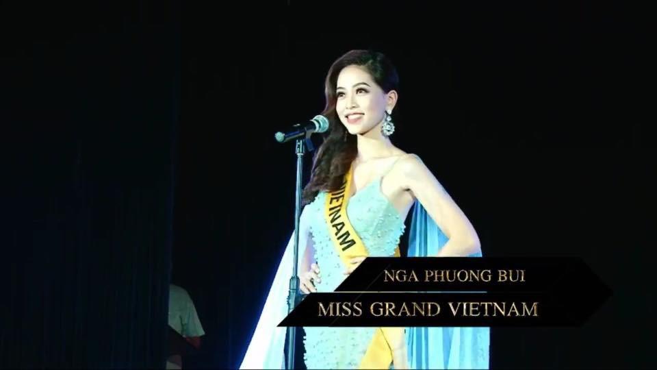 Phương Nga xuất hiện đầy tự tin, hô to hai tiếng Việt Nam trong phần giới thiệu tại Miss Grand International 2018 - Ảnh 2.