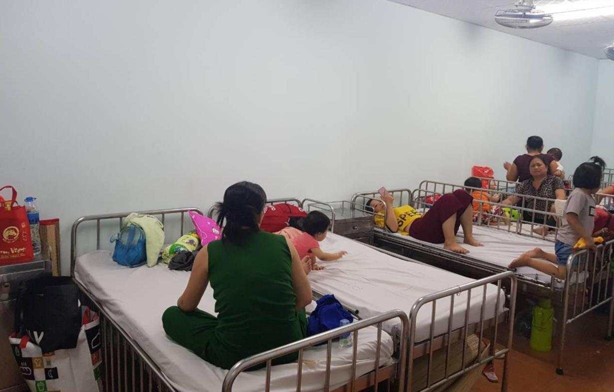 Dịch Sởi và Tay Chân Miệng ở Sài Gòn tiếp tục tăng nhanh, thêm nhiều trẻ em nhập viện - Ảnh 1.